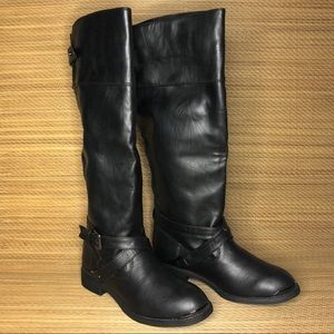 Report Footwear Boots Size 6.5
